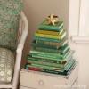 book Christmas tree 1