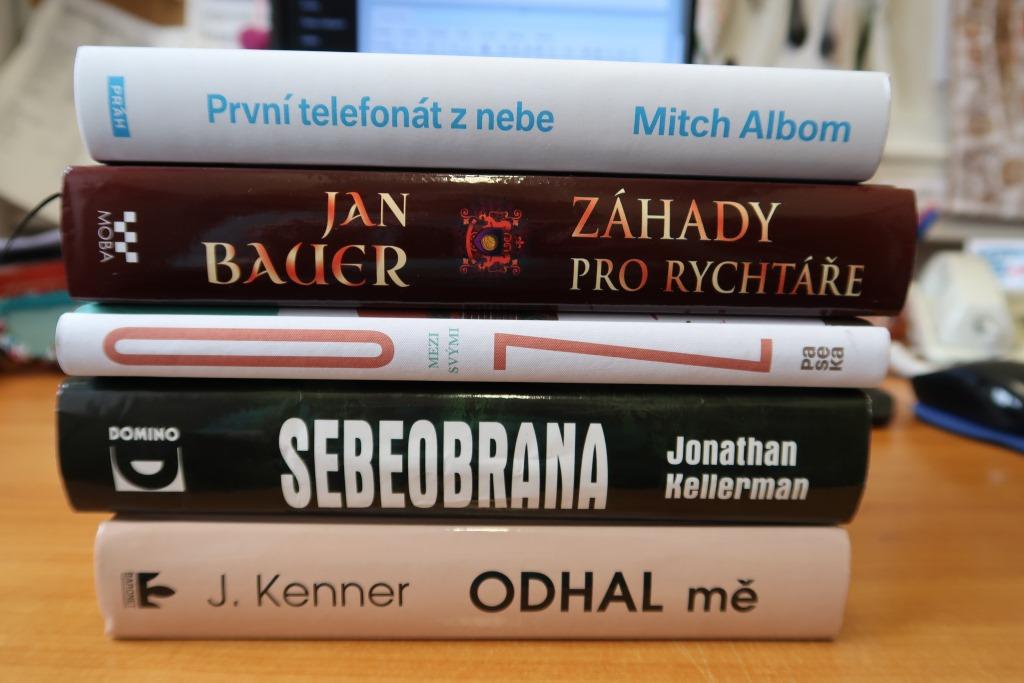 Rande naslepo s knihou | Knihovna Karla Dvoka ve Vykov